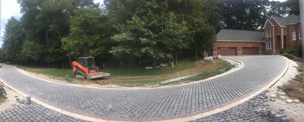 driveway-brick-curved-inclined-jmt-landscapes-patio-paver-landscapers-builder-contractor-unilock-belgard-techo-bloc-natural-stone