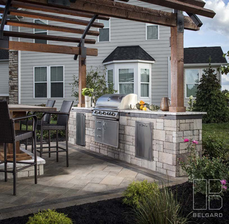 outdoor-kitchen-pergola-arched-jmt-landscapes-patio-paver-landscapers-builder-contractor-unilock-belgard-techo-bloc-natural-stone