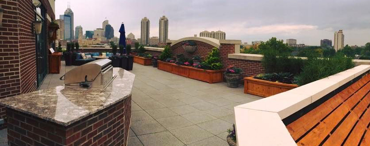 rooftops-outdoor-kitchen-views-jmt-landscapes-patio-paver-landscapers-builder-contractor-unilock-belgard-techo-bloc-natural-stone